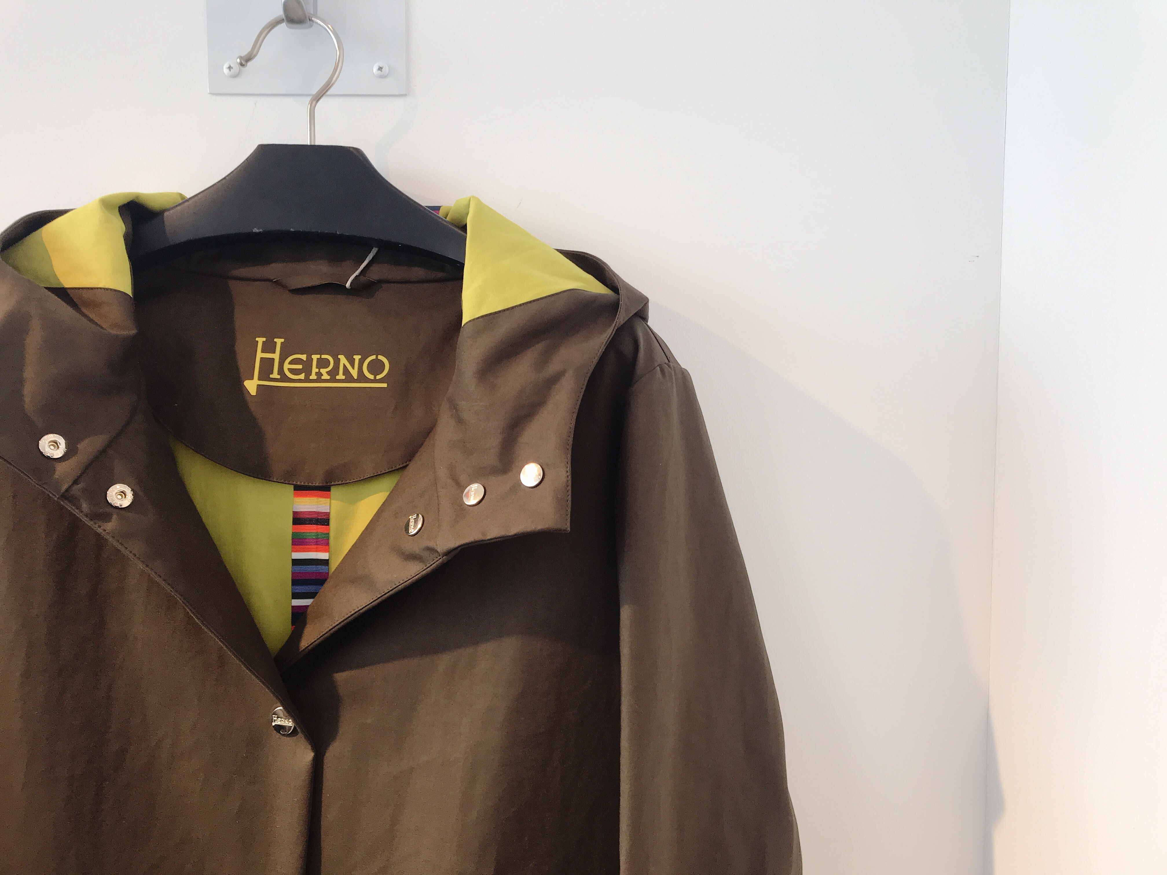 19SS HERNO (ヘルノ)